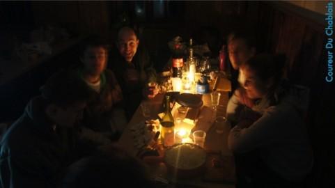 en attendant la fondue – refuge de bise